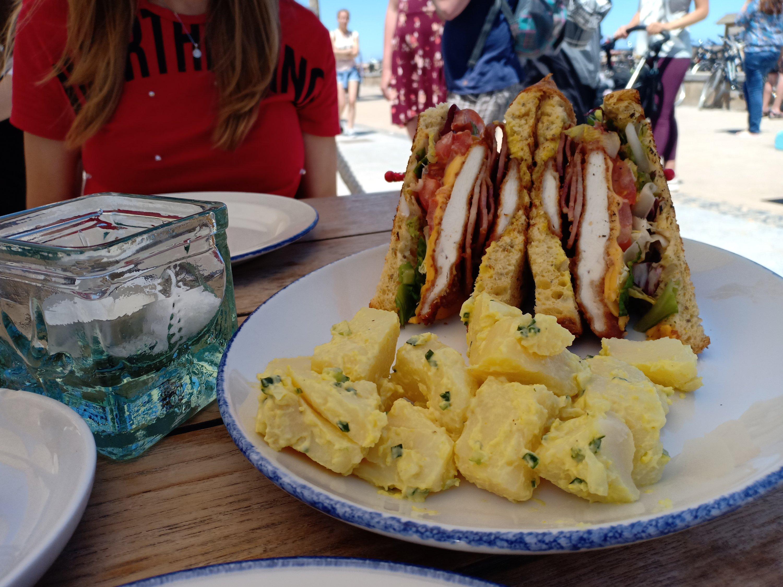 club sandwich la mas bonita