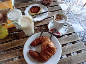 croissant fika