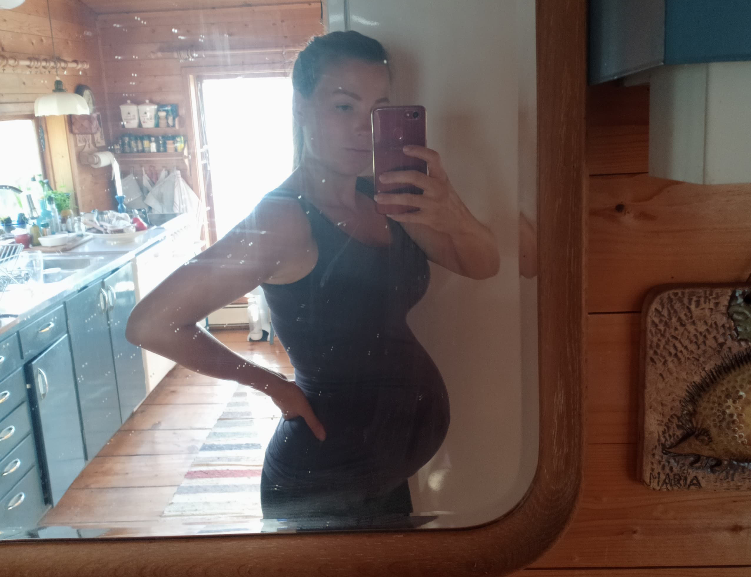 gravidmage vecka 33