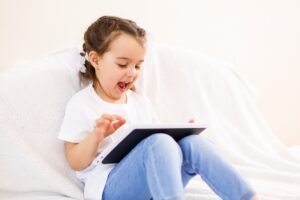 internetsäkerhet barn och familj